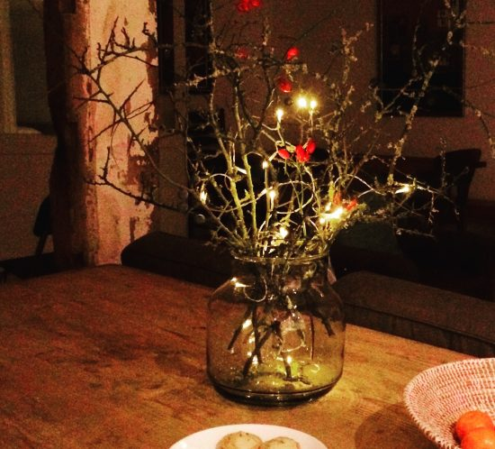 Autumn/Winter flower and lights arrangement for cosy nights